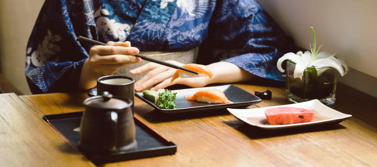 7 Kebiasaan Makan yang Membuat Wanita Jepang tetap Langsing