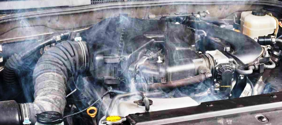 Ketahui Penyebab dan Cara Mengatasi Mesin Mobil Overheat dengan Mudah