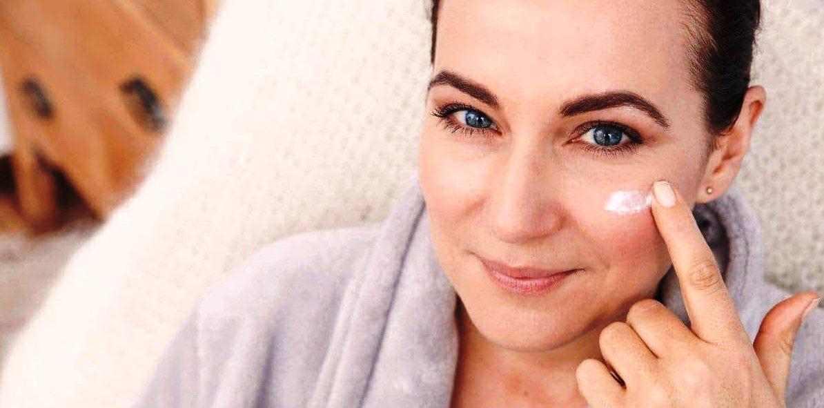 5 Tips Make Up untuk Kulit Kering agar Wajah Nampak Cantik dan Menawan